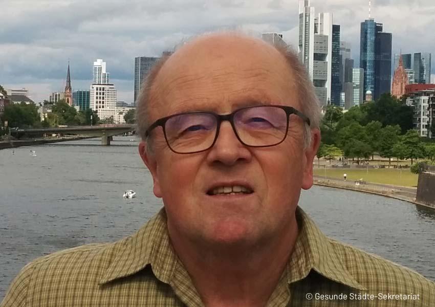 Porträt Dr. Hans Wolter
